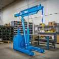Powered Condensed Straddle Footprint Floor Crane, Small